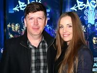 Andrej Bičan prišiel do kina s mladučkou partnerkou Miškou.
