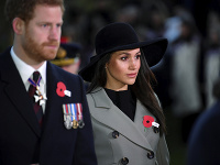 Meghan Markle a princ Harry musia pár dní pred svadbou riešiť nepríjemné záležitosti.