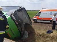 V Maďarsku sa prevrátil autobus s 39 cestujúcimi