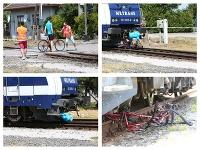 Simulovaná zrážka cyklistu s vlakom