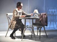 Tatiana Poláková ako Sára v inscenácii Kamila Žišku Sára Salkházi, ktorú v slovenskej premiére uvádza Štátne divadlo Košice.