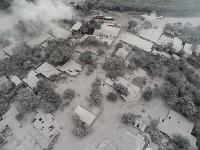 Spúšť, ktorá zostala po výbuchu sopky.