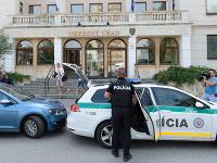 Incident na Okresnom úrade v Nitre sa stal v stredu 6. júna 2018 pred pol deviatou ráno
