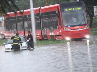 Bratislavu 6. júna zasiahli prívalové dažde.