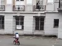 8a41fca4d Matka mala nakrútiť na VIDEO ducha: Záhada vyriešená, ozval sa tajomný muž  za oknom!