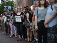 Stovky ľudí si uctilo pamiatku zavraždených novinárov
