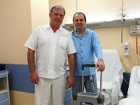 Doktor Michal Hulman s pacientom