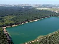 Jazero Lhota