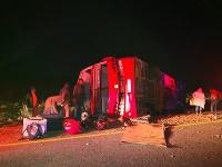 Počet obetí nehody autobusu môže ešte pribudnúť