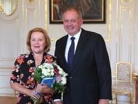 Magda Vašáryová pri stretnutí s prezidentom Andrejom Kiskom