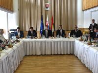 Výjazdové rokovanie vlády.