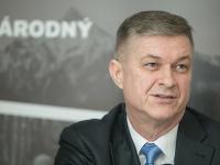 Peter Tomeček