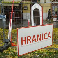 Hranica na Hviezdoslavovom námestí