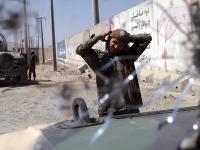 Samovražedný útok v Afganistane neprežilo najmenej 7 ľudí.