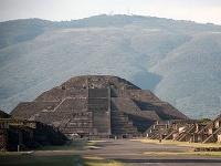 Pyramída Mesiaca