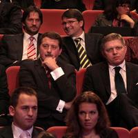 Robert Kaliňák, Pavol Paška, Marek Maďarič a Robert Fico