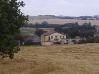 Honosné sídlo, v ktorom má bývať Ing. Miloš Valach a jeho manželka. Obaja pôsobia ako rozhodcovia.