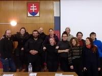 Aktivistov Greenpeace poslal v nedeľu Okresný súd v Prievidzi do väzby.