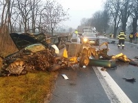 Pri nehode, ktorá sa stala neďaleko Malaciek, vyhasol život 23-ročného vodiča.