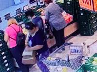 Polícia zverejnila video krádeže. Všimli ste si, komu ukradli peňaženku?