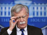 Poradca bieleho domu pre národnú bezpečnosť John Bolton.