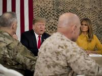 Donald Trump a Melania Trumpová v Iraku