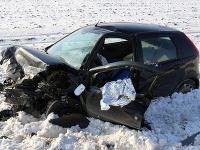 Za Košicami v smere na obec Nižná Hutka sa dnes doobeda stala dopravná nehoda troch vozidiel.