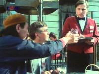 Miloš Černoušek si vo filme Dědictví aneb Kurvahošigutntag zahral úlohu čašníka s nezabudnuteľnou hláškou.