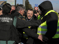 Protesty taxikárov v Španielsku