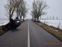 Pri nehode v okrese Košice-okolie sa zranili štyria ľudia