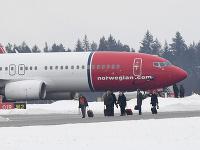 Lietadlo sa po hrozbe bombou vrátilo na letisko v Štokholme