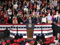 Donald Trump počas zhromaždenia v El Paso.