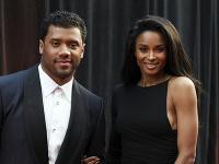 Speváčka Ciara s manželom Russellom.