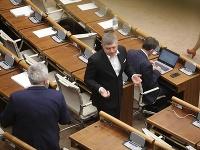 Hlasovanie v rámci 2. kola ohľadom voľby ústavných sudcov.