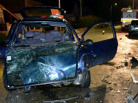 Opitý vodič havaroval s manželkou a dcérkou v aute