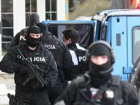 Mariana Kočnera priviezli do Nitry, vypovedá vo veci vraždy Jána Kuciaka