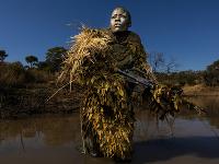 Snímka s názvom Akashinga - the Brave Ones od Brenta Stirtona z Getty Images získala prvé miesto v kategórii Životné prostredie (single) v prestížnej súťaži World Press Photo.
