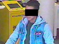Zachytila ho kamera na bankomate.