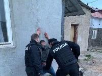 Opitý mladík sa vyhrážal policajtom