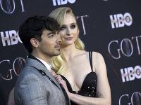 Joe Jonas  a Sophie Turner skrývajú sladké tajomstvo.
