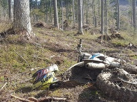 Poliak jazdil na motorke v pásme tretieho stupňa ochrany