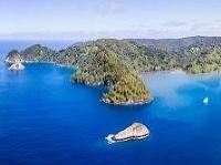 Kokosové ostrovy sú zaplavené plastami
