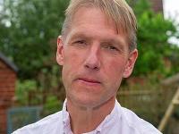 Doktor Keith Wolverson