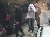 Sudca v Žiline rozhodol o vzatí do vyšetrovacej väzby Judity (16), ktorú polícia obvinila z vraždy Tomáša (†16).