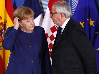 Nemecká kancelárka Angela Merkelová a predseda Európskej komisie Jean-Claude Juncker.