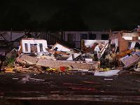 Tornádo zničilo motel v Oklahome