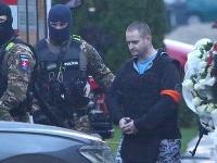 Rekonštrukcia vraždy v dome Jána Kuciaka a Martiny Kušnírovej. Prítomný bol Miroslav Marček, ktorý sa v apríli priznal k vražde novinára a jeho snúbenice.