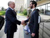 Prezident SR Andrej Kiska a primátor mesta Nitra Marek Hattas počas rozlúčkovej návštevy prezidenta SR v Nitre.