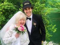 Slovenský youtuber (22) si zobral mamu svojho kamaráta (75)