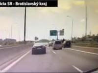 Vodič si poriadne zavaril.